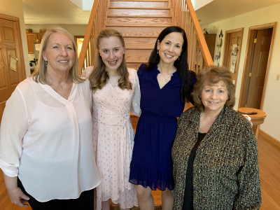 A beautiful day with the grandmas :)
